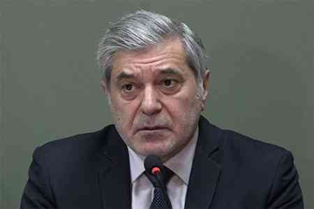 Armenia conducts equally open policy both in relations with the West  and Russia