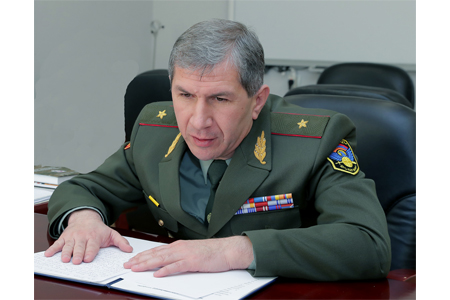 Chief of  General Staff of Armenia watched the training of airborne  assault units