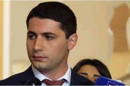 The dismissed former head of the National Security Service of Armenia  Argishti Kyaramyan, who broke the silence, accused Vanetsyan of  running away from Shushi