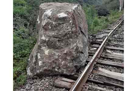 ANADOLU: Azerbaijan intends to negotiate with Russia on the  construction of a railway through the territory of Armenia