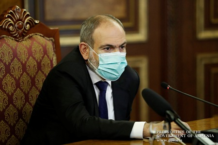 Pashinyan discussed situation in Karabakh with Arkadi Ghukasyan and  Bako Sahakyan