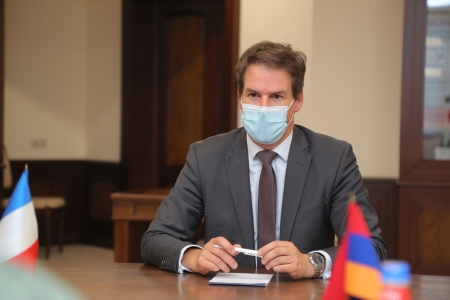 Armenian President and French Ambassador discuss prospects for  economic relations development