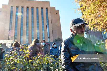 Relatives of the missing servicemen hold a rally in front of  Russian  Embassy in Armenia