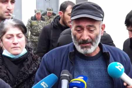 Parents and relatives of the dead and missing servicemen continue to  beat the thresholds of state institutions