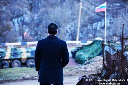 Armenian Ombudsman: There should be no Azerbaijani soldiers, signs or  flags on the roads near the villages of Syunik region and between the  communities.