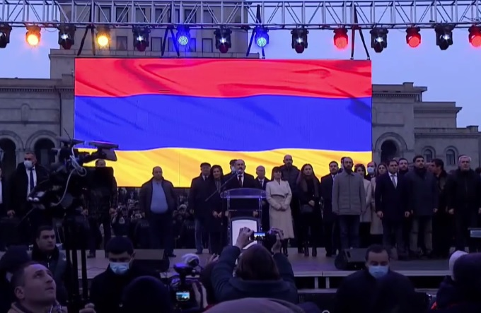 Pashinyan challenges Armenian opposition